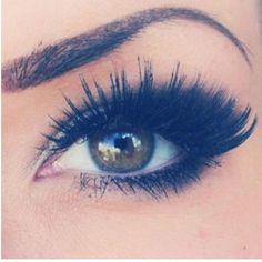 Dark powder instead of eye liner!