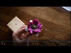 Flower Cake Decorations, Engagement Party Decorations, Bridal Shower Decorations, Buttercream Flowers Tutorial, Buttercream Icing, Bridal Shower Games, Bridal Shower Invitations, Bridal Showers, Icing Techniques
