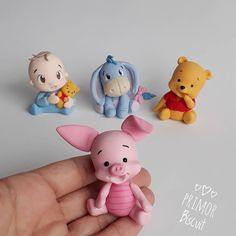 Cool Paper Crafts, Diy Resin Crafts, Polymer Clay Projects, Polymer Clay Creations, Diy Clay, Polymer Clay Disney, Cute Polymer Clay, Polymer Clay Animals, Cute Clay
