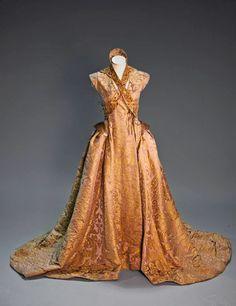 Albinoshadow Cosplay: Sansa Stark: Wedding Dress Patterning and Bodice Construction