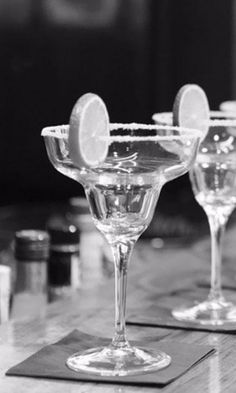 A #CapeTown socialite with an eye for the city's finer establishments shares her top 3 sophisticated #nightlife venues.