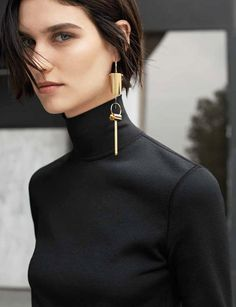 Muse Magazine - Manon (Manon Leloup by Thomas Lohr, Winter 2014) The one-earring look, so popular this season.