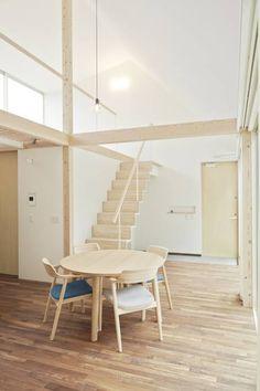 あざみ野の家: 白砂孝洋建築設計事務所が手掛けたミニマルリビングです。