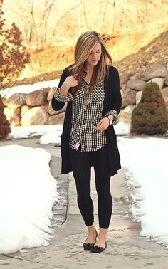 I like the print paired with the cardigan. I also like how this black cardigan is long but not thick.