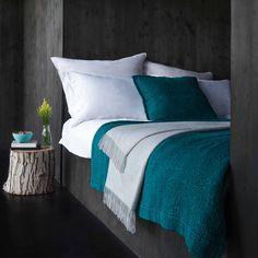 teal and grey bedroom tones // urbanara teba teal bedspread Lovin' that teal bedding Teal Bedroom, Teal Bedspread, Teal Gray Bedroom, Home Bedroom, Grey Bedroom, Home Decor, Bedroom Inspirations, Grey Room, Bedroom