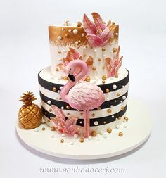 PASSION for every detail! Whole All our Flamingo cake . Cake Wrecks, Fancy Cakes, Cute Cakes, Fun Cupcakes, Cupcake Cakes, Flamingo Cupcakes, Flamingo Birthday, Birthday Cake Girls, Girl Cakes