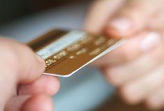 Gastos com juros do cartão de crédito podem cair pela metade com novas regras - A economia do consumidor com a nova regra que limita a utilização do rotativo do cartão de crédito poderá chegar a quase 50% em 12 meses. Essa é a diferença que o cliente deixará de pagar ao migrar dos juros mais caros do crédito rotativo para as taxas mais baixas do crédito parcelado.  A partir - http://acontecebotucatu.com.br/nacionais/gastos-com-juros-do-cartao-de-credito-podem-ca