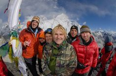 """""""The Alarm"""" band sings highest concert for hope and cancer on Mt. Everest base camp."""