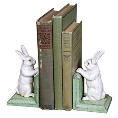 Cast Iron Bunny Bookends - DIY with ceramic bunnies and some wood. Longarm Quilting, Woodland Nursery, Girl Room, Baby Room, Cast Iron, Home Accessories, Baby Gifts, Book Art, Little Girls