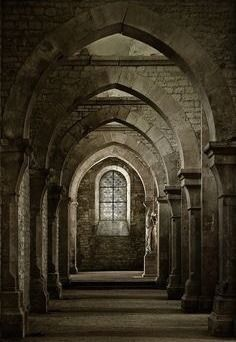 Medieval setting and props Gothic Architecture, Beautiful Architecture, Beautiful Buildings, Chateau Moyen Age, Photo Chateau, Medieval Tattoo, Medieval Castle, Old Buildings, Kirchen