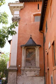 Rom, Piazza Sant'Egidio, Straßentabernakel (street tabernacle) | Flickr - Photo Sharing!