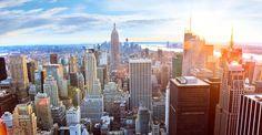 © dibrova, shutterstock - Manhattan bei Sonnenuntergang
