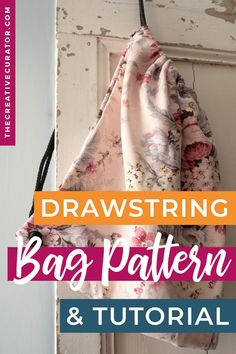Make your own drawstring bags with this free sewing pattern and sewing tutorial! Perfect as a gym bag or a bag for groceries, this is an easy sewing project to make at home! Drawstring Bag Pattern, Drawstring Bag Tutorials, Leather Drawstring Bags, Bag Patterns To Sew, Sewing Patterns Free, Free Sewing, Sewing For Beginners Tutorials, Diy Sewing Projects, Sewing Techniques