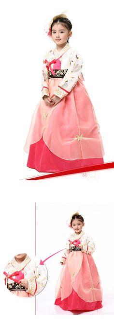 """Girl Hanbok, potential """"flower girl"""" for Korean theme wedding Korean Traditional Dress, Traditional Fashion, Traditional Dresses, Korea Fashion, Asian Fashion, Kids Fashion, Korean Dress, Korean Outfits, Modern Hanbok"""