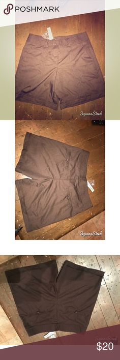 Style brown shorts New & never worn No damages Smoke free home style Shorts Cargos