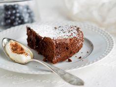Ranskalainen suklaatorttu - Kotiliesi.fi Sweet Pie, Deli, Banana Bread, Sweet Tooth, Gluten Free, Pudding, Desserts, Recipes, Food