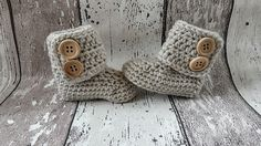 English, Dutch and German pattern crochet baby booties