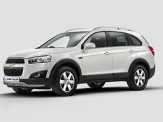 2015 Chevrolet Captiva studio shot