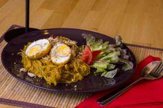A mungóbab tésztát, hazánkban ismertebb nevén üvegtésztát, pirított mogyoróval ízesítve főzzük ki.