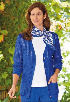 Silk Scarves, Vest, Sweaters, Jackets, Fashion, Down Jackets, Moda, Fashion Styles, Sweater