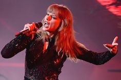 Just 17 Percent of Top 100 Songs Were Made by Women – Rolling Stone Taylor Swift Style, Taylor Alison Swift, Top 100 Songs, Stadium Tour, My Magazine, Women In Music, Taylor Swift Pictures, Billboard Hot 100, Hottest 100