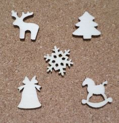 30 x Mini Blank Wooden Craft Shapes - 21mm - Christmas - 5 Designs Mixed
