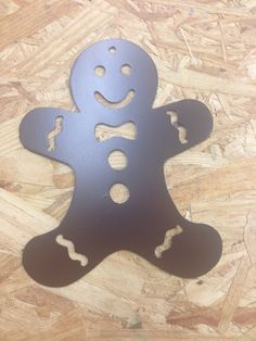 Articles similaires à Gingerbread man wall art ou même un ornement sur Etsy Metal Tree Wall Art, Scrap Metal Art, Metal Artwork, Metal Projects, Metal Crafts, Christmas Signs, Christmas Art, Tree Cut Out, Tree Artwork