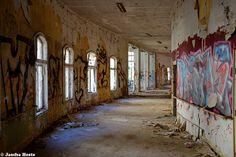 Knappschaftsheilstätte (D) October 2014 abandoned sanatorium in the former East Germany DDR urbex decay Photo by: Jascha Hoste