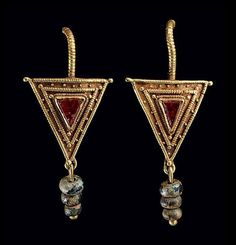 A PAIR OF ROMAN GOLD, GARNET AND GLASS EARRINGS | CIRCA 2ND-3RD CENTURY A.D. | 2nd Century, Ancient Art & Antiquities | Christie's