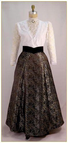 Paisley Satin Skirt, Style #0479