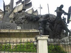Cebu- Ferdinand Magellan Monument