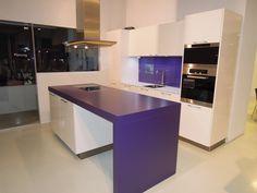 Küchenabverkauf Lila Weiß Küche Bar, Kitchen, Table, Furniture, Home Decor, Lilac, Cooking, Decoration Home, Room Decor