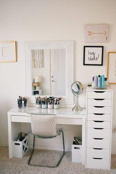 Bedroom Design, Makeup Room Decor, Bedroom Decor, Storage And Organization, Home Decor, Small Space Storage, Makeup Storage For Small Spaces, Room Decor, Room Ideas Bedroom