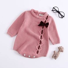 2018 Children's Bodysuit Wear Baby Knitted Baby Girls Bow Tie Long Sleeves Climbing Suits Baby Girl Clothes Bodysuit Baby - Kindermode Baby Girl Sweaters, Knitted Baby Clothes, Knitted Romper, Crochet Clothes, Baby Knits, Baby Girls Clothes, Newborn Girl Outfits, Baby Girl Newborn, Kids Outfits