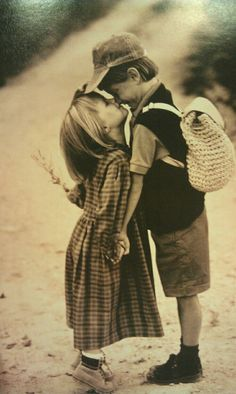 what started as two kids.:) Get the best tips and how to have strong marriage/relationship here: Cute Baby Couple, Cute Couples, Kids Kiss, Couple Photoshoot Poses, Robert Doisneau, Young Love, Jolie Photo, Photographing Kids, Love Images