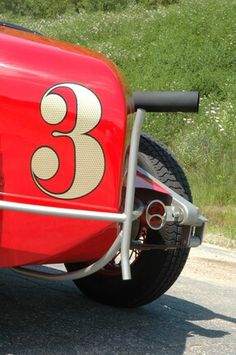 Dennis Franciosi's Wicked-Cool 1934 Schafer IndyCar - Hot Rod Network Indy Car Racing, Indy Cars, Sprint Cars, Race Cars, Bomber Seats, Chris Craft Boats, Steel Stock, Jeep Cj, Leaf Spring