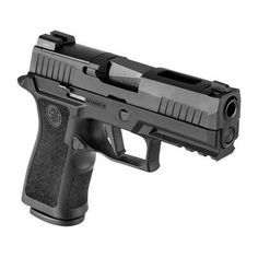 The micro-compact, Sig Sauer strikes the right balance between capacity and concealment. Rated for +P ammunition, this striker-fired pistol hold . Weapons Guns, Guns And Ammo, Protection Rapprochée, Sig Sauer 9mm, Sig P320, Best Handguns, Armas Ninja, 9mm Pistol, Custom Guns