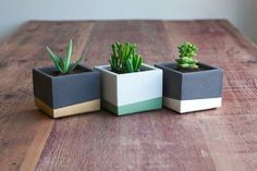 25 Amazing Chic And Creative Handmade Planter Design In Three Small Color Block Concrete Planter Set Design : 25 Amazing Chic And Creative Handmade Planter Design Accessories Ideas Gallery : hpMirror. Diy Concrete Planters, Cement Planters, Diy Planters, Garden Planters, Planter Pots, Succulent Planters, Square Planters, Planter Ideas, Outdoor Planters