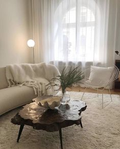 Welcome to Layered Interior - we deliver rugs and furniture globally. Interior Exterior, Home Interior Design, Interior Architecture, Room Inspiration, Interior Inspiration, Decoration Design, House Rooms, Interiores Design, Home Decor Accessories