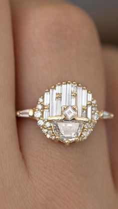 75 Unique engagement rings with Glamorous Charm - Wedding hairstyles Engagement Ring On Hand, Buying An Engagement Ring, Beautiful Engagement Rings, Perfect Engagement Ring, Solitaire Engagement, Big Rings, Ring Verlobung, Fine Jewelry, Jewellery