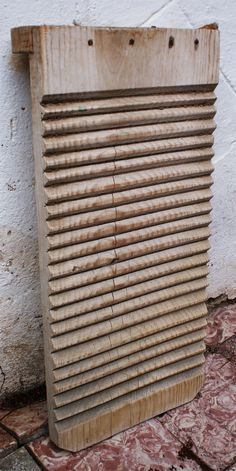 Washboard - I remember my Nana had one of these, she used it with a very large bar of soap! Curious Cat, Patras, Best Vibrators, Tin Boxes, My Memory, The Good Old Days, Best Memories, Vintage 70s, Childhood Memories