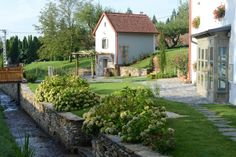 Frissvizű patak csobog-robog a Malomporta épületei előtt / A fresh stream is running in front of Mill Croft Brunch Drinks, Wine Drinks, Lovely Apartments, Romantic Places, Get Directions, Beautiful Interiors, Fresh, Mansions, House Styles