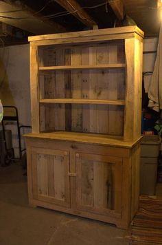 Pallet Wood Kitchen Hutch | 101 Pallets: