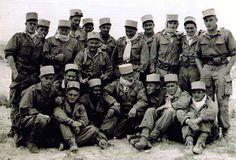 Eine Sektion Legionäre (C.S.P.L.E.) in Algerien © Légion Etrangère - Képi blanc