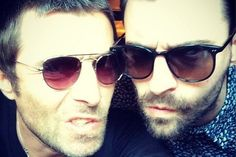Liam Fray Liam Gallagher Courteeners Oasis Indie Music, Music Icon, The Courteeners, Liam Fray, Liam Gallagher Oasis, Indie Kids, Hot Boys, Music Stuff, Cool Bands