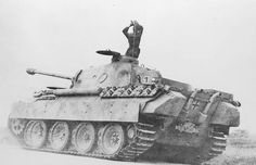 "PzKpfw V Panther ""121"""