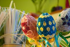 Quilling eggs,such a great idea. Looks so nice