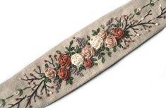 Vintage Headbands, Fabric Headbands, Headbands For Women, Flower Embroidery Designs, Modern Embroidery, Hand Embroidery Patterns, Diy Clothes Life Hacks, Metal Hair Clips, Boho Headband