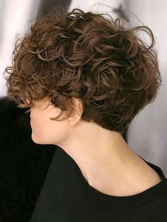 As always, curly hairstyles are one of the most liked hair models in the world. Today we will talk about curly hairstyles for daily using and special days. Curly Hair Cuts, Cut My Hair, Wavy Hair, Short Hair Cuts, Curly Hair Styles, Tomboy Hairstyles, Cool Hairstyles, Androgynous Haircut, Short Grunge Hair