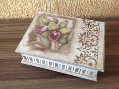 Porta joias Decorated Boxes, Ideas Para, Stencils, Shabby, Country, Cute, Crafts, Inspiration, Home Decor